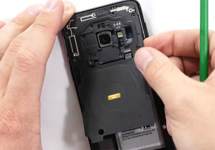 Samsung Galaxy S9 shuts down randomly after updating to