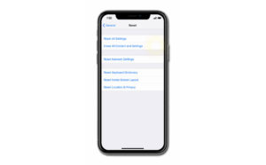 apple iphone xs max lagging and freezing