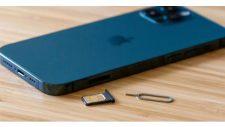 iPhone 12 no service error